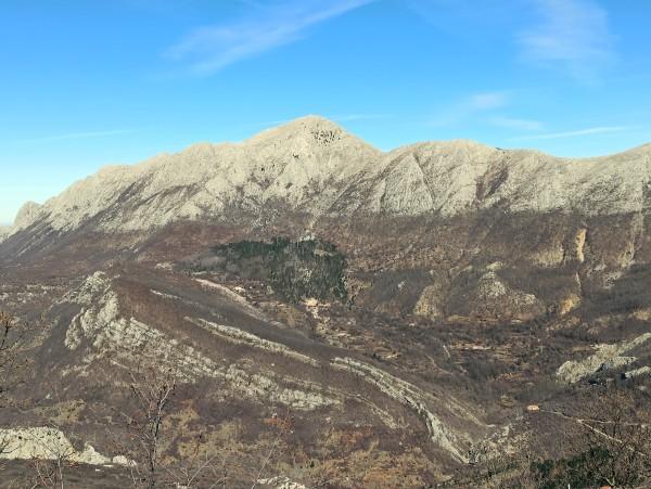 Вид на Румию со склона горы Лисинь