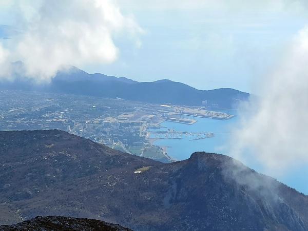 Вид с горы Врсута на Бар