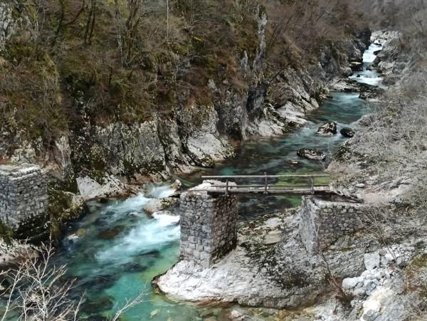 Деревянный мост через Мртвицу в феврале 2020